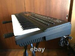 Yamaha DX7II-D vintage digital synth with flight case New battery & LCD display